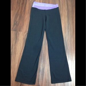 lululemon athletica Pants - LULULEMON Yoga PANTS 4 Purple Flare Leg Leggings